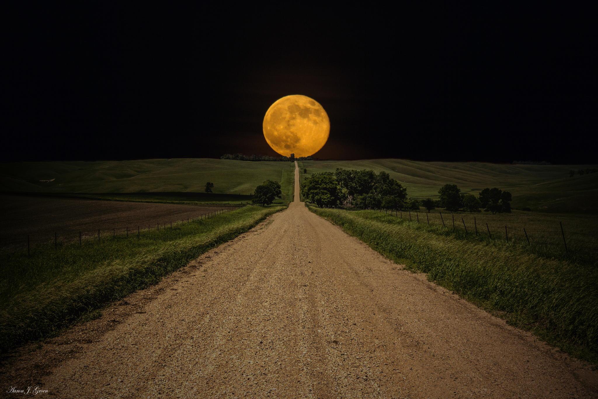 Dolazi Super – Mesec, najsajniji u narednih 18 godina!!!